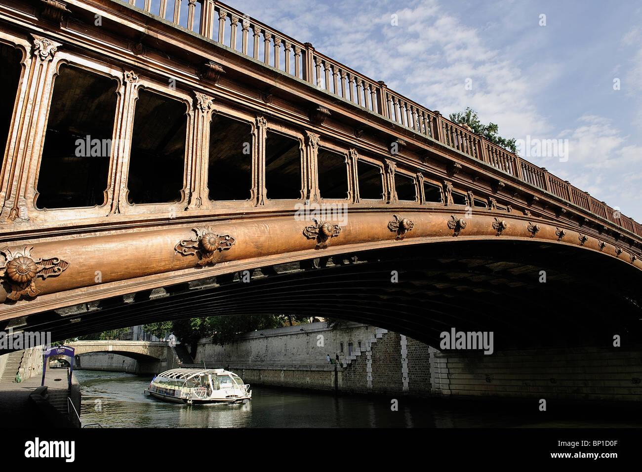 France, Paris, Pont au Double - Stock Image