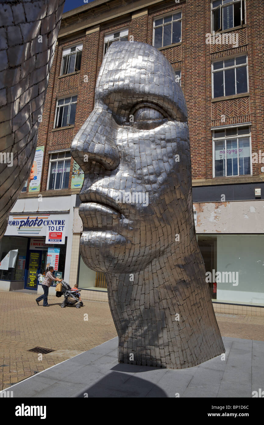 Reflections of Bedford. An artwork by Rick Kirby in the centre of Bedford town England - Stock Image