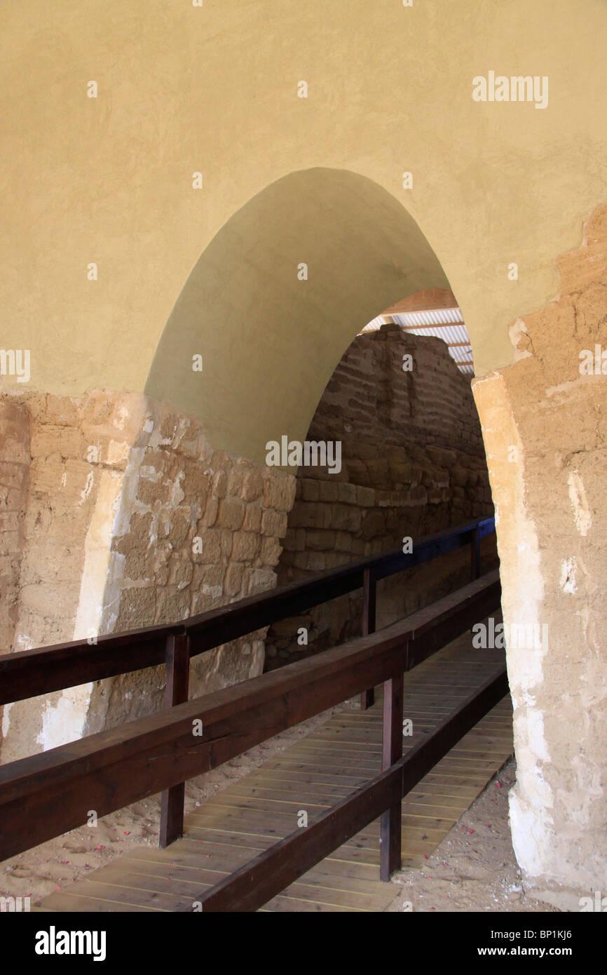 Israel, Southern Coastal Plain, the Canaanite City Gate of Ashkelon - Stock Image