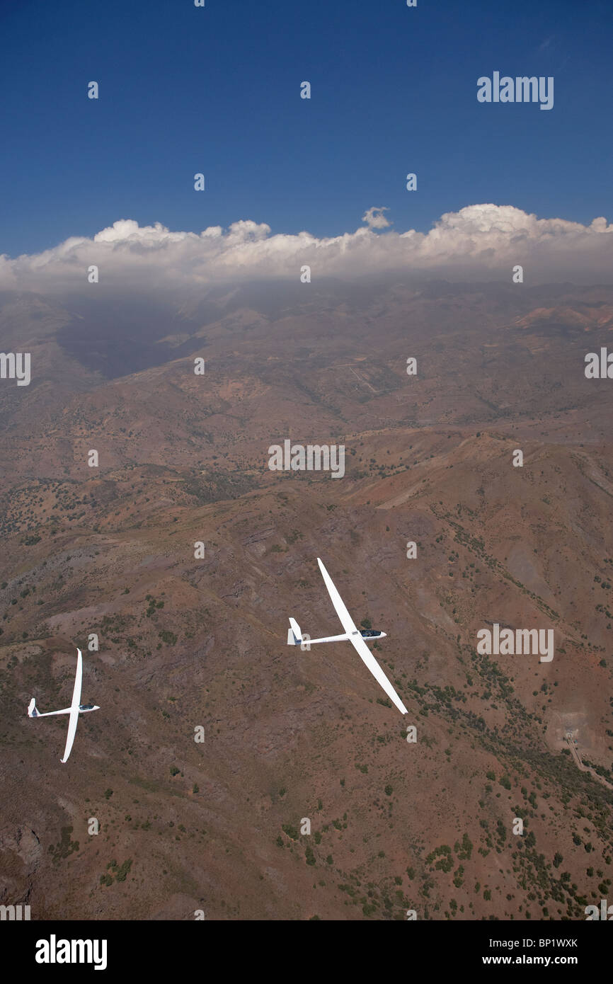 Glider Pilots Amador Rodriguez and Sarah Kelman, Andes Mountains, Chile, South America - aerial - Stock Image