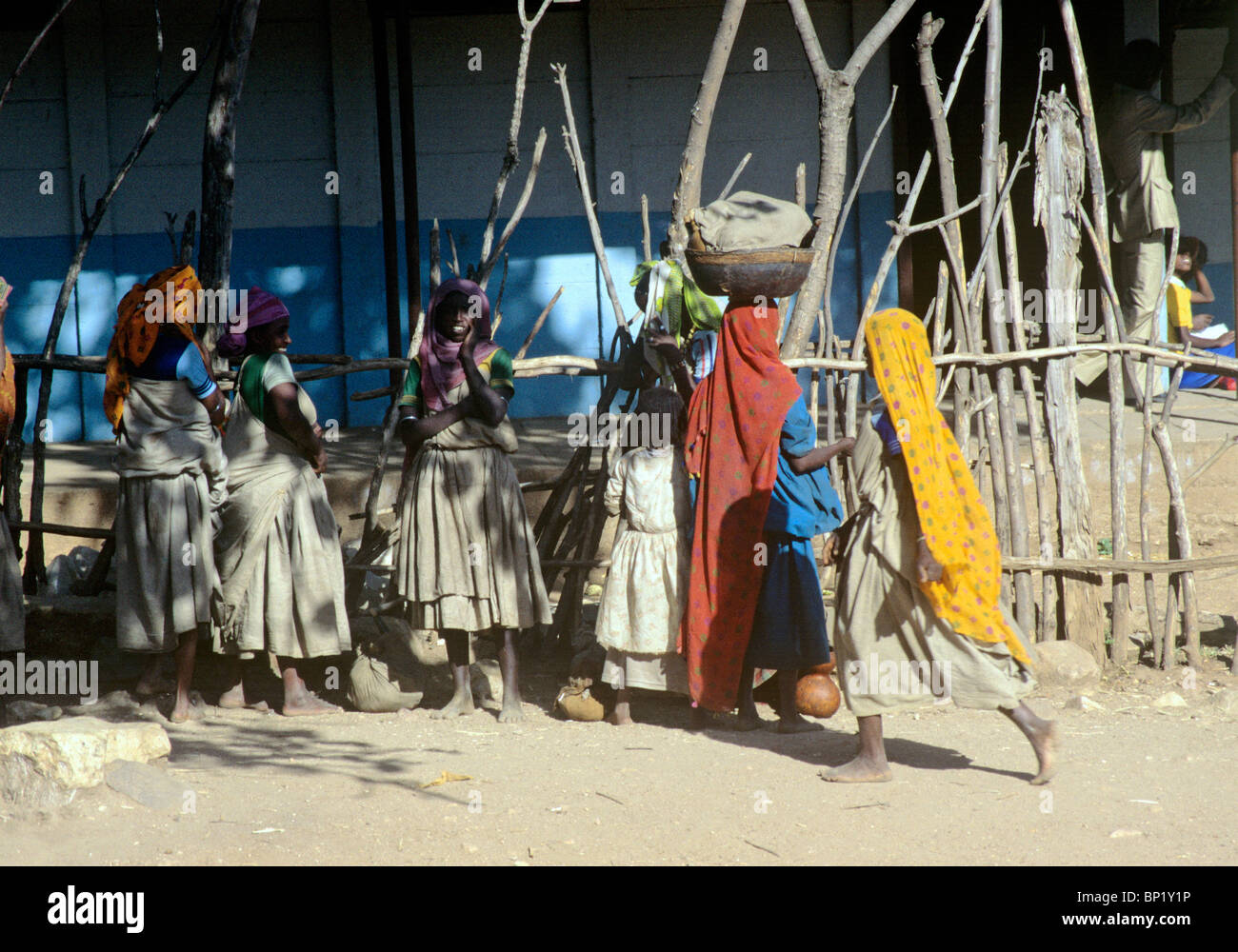 women waiting for shared lorry taxi - town of harar - region of harari - ethiopia - Stock Image