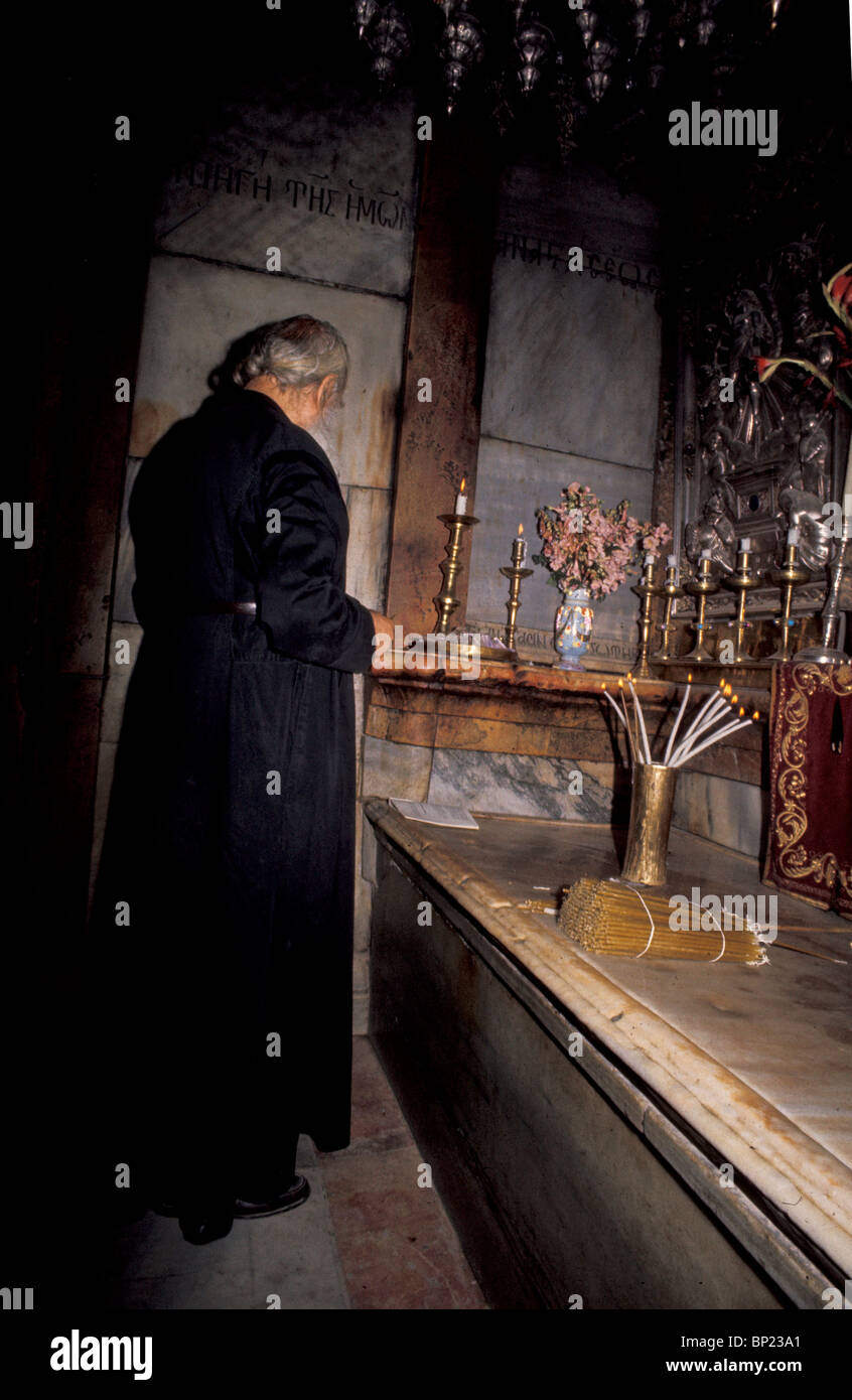 155. HOLY SEPULCHRE, THE CHAPEL SHELTERING THE TOMB OF CHRIST - Stock Image
