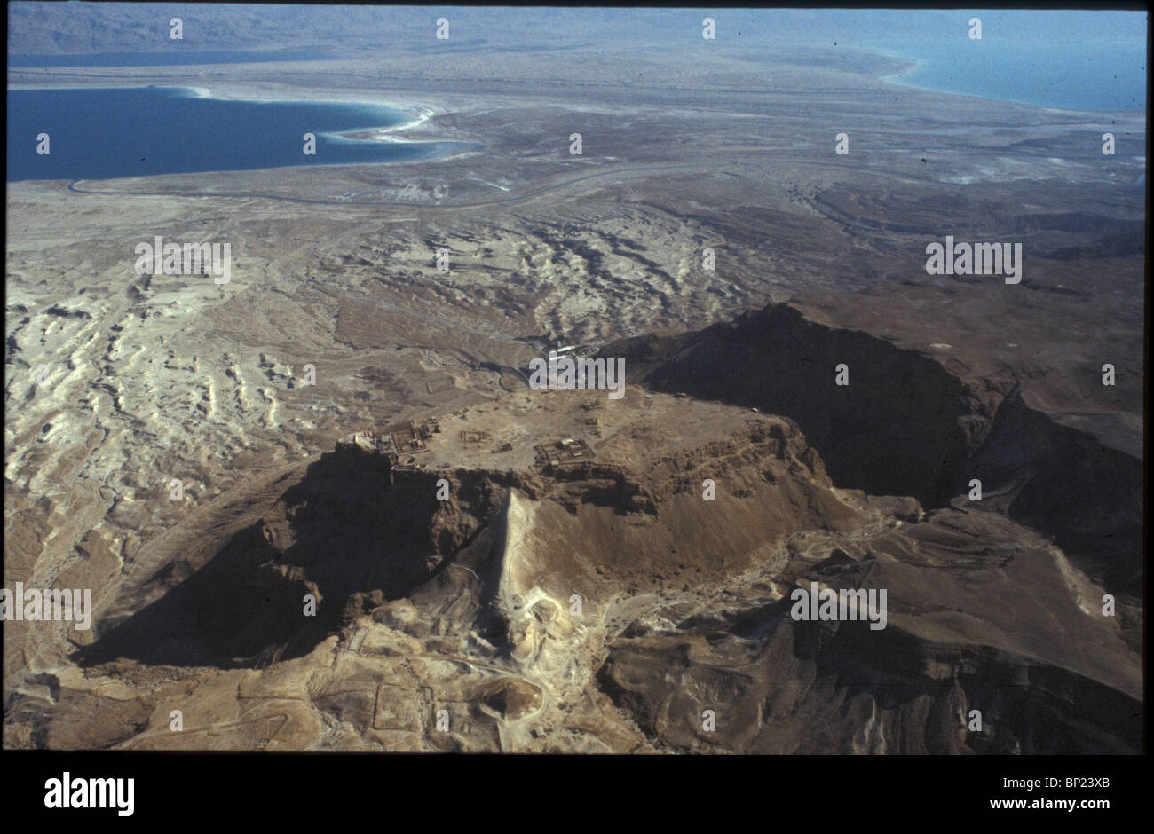 MASSADA - LOCATED IN THE RUGGED EASTERN DESERT OF JUDEA NEAR THE DEAD SEA. KING HEROD FORTIFIED IT & BUILT ON IT Stock Photo