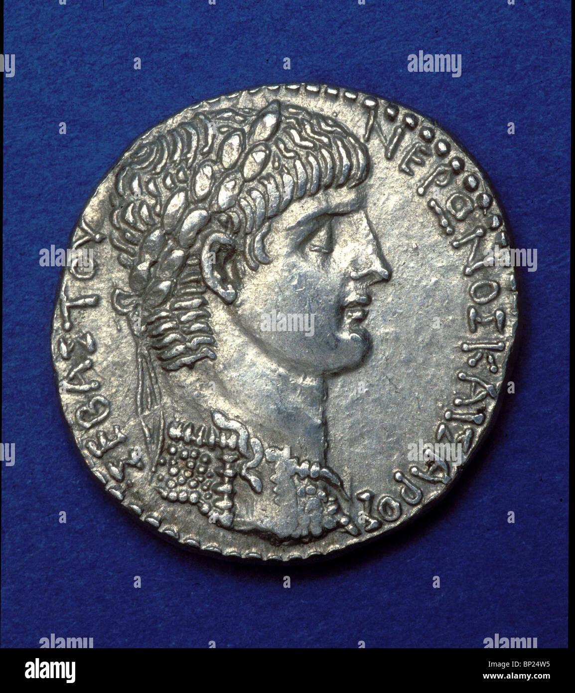 666. ROMAN COIN WITH THE PORTRAIT OF EMPEROR NERO (54 - 68 AD) - Stock Image