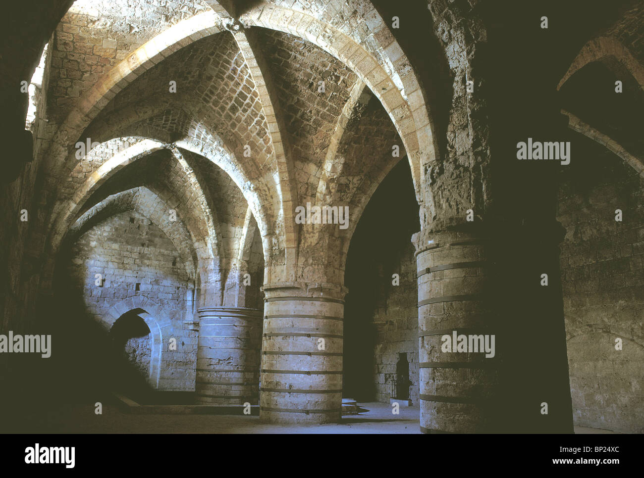 684. ACCO - CRUSADER ARCHITECTURE, REFLECTORY IN THE CRYPT OF ST. JOHN - Stock Image