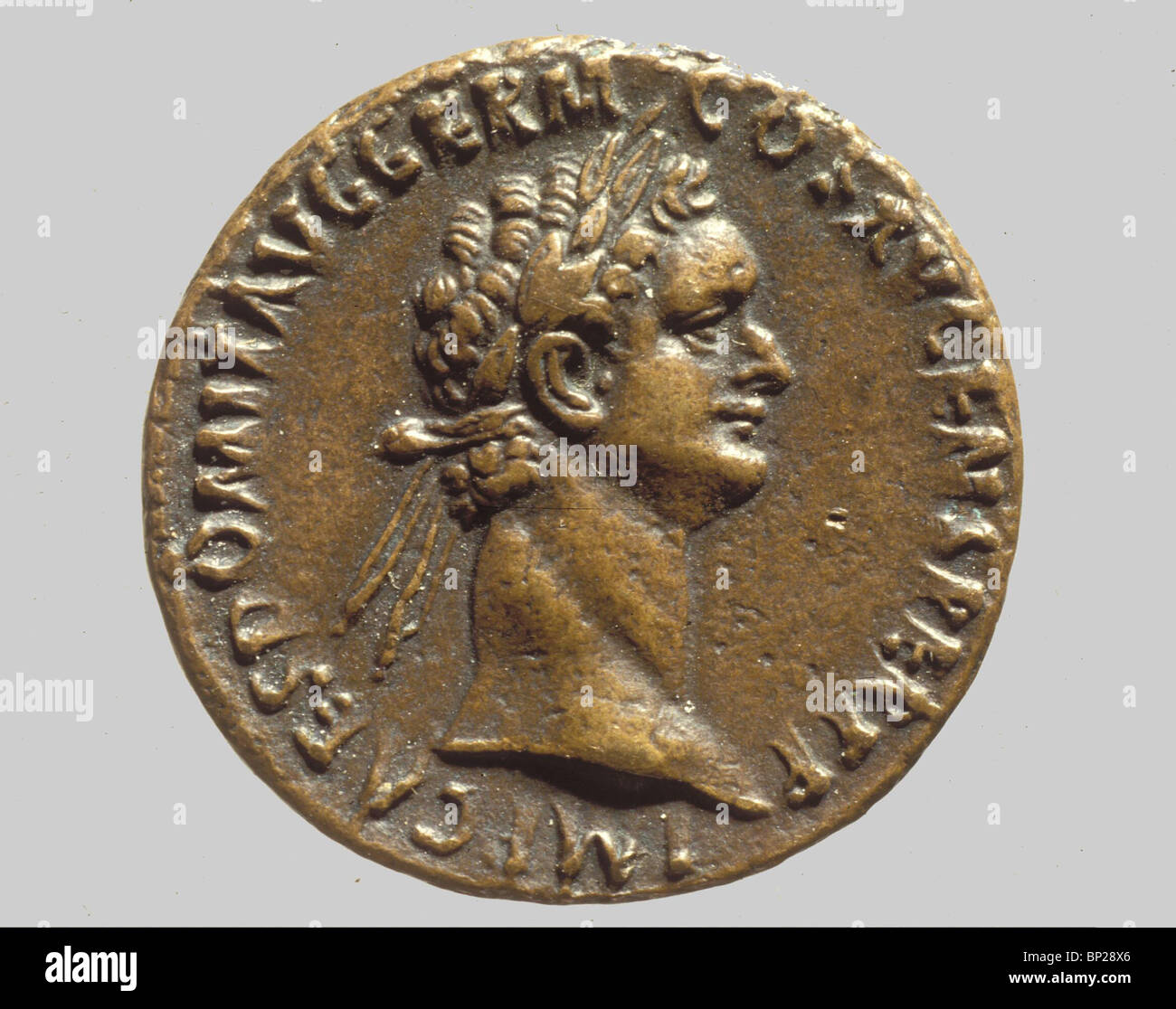 2385. ROMAN COIN WITH THE BUST OF EMPEROR DOMITIANUS (69 - 79 AD)