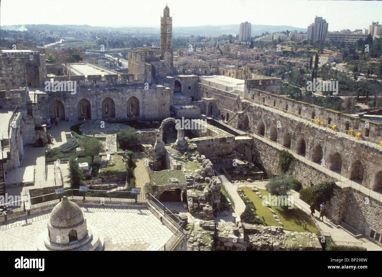 2877. THE JERUSALEM CITADEL, GENERAL VIEW ON THE CRUSADER REMAINS (RIGHT), AND THE TURKISH MINARET (CENTER) - Stock Image