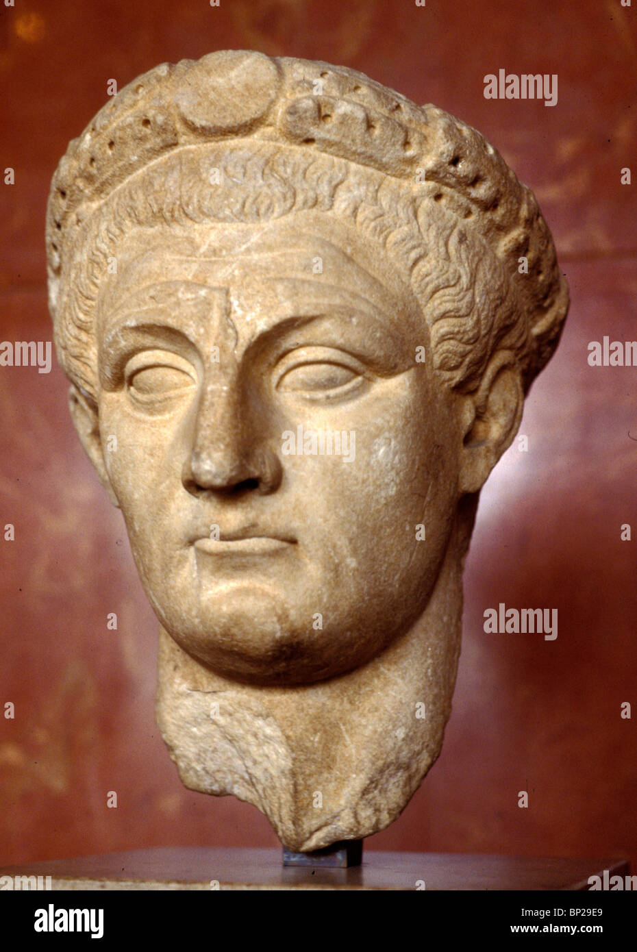 2997. MARBLE BUST OF C A L I G U L A , EMPEROR OF ROME FROM 37 TO 41 AD - Stock Image