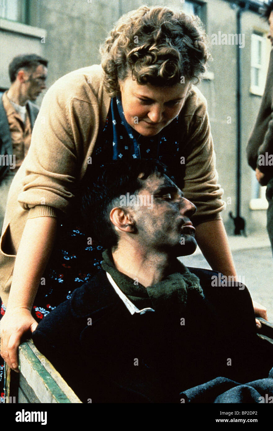 BRENDA FRICKER, DANIEL DAY-LEWIS, MY LEFT FOOT, 1989 - Stock Image