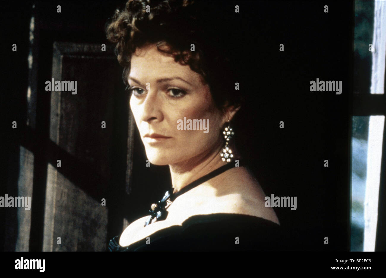 Janet Suzman Nude Photos 65