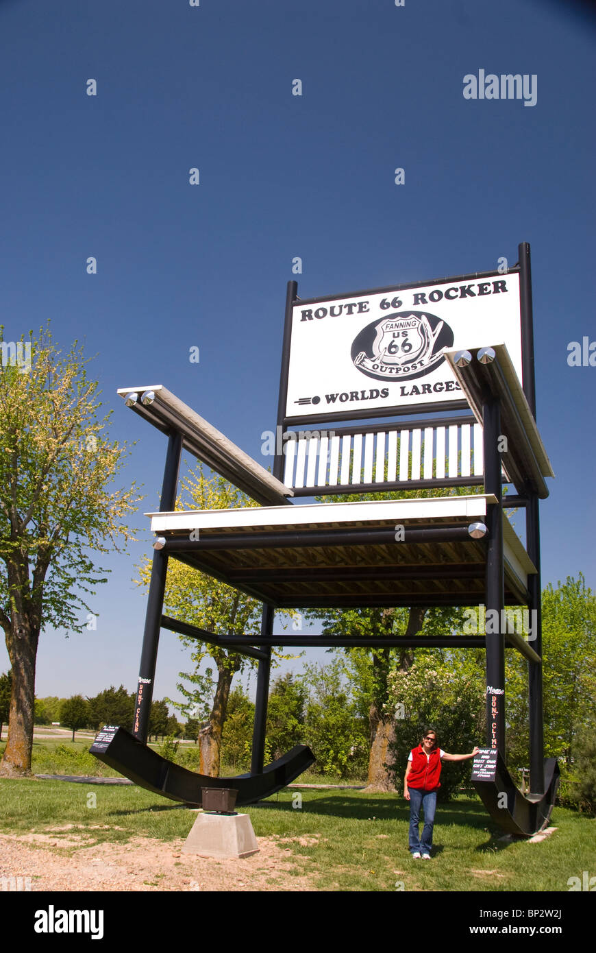 Cool The Worlds Largest Rocker Route 66 Fanning Missouri Alphanode Cool Chair Designs And Ideas Alphanodeonline