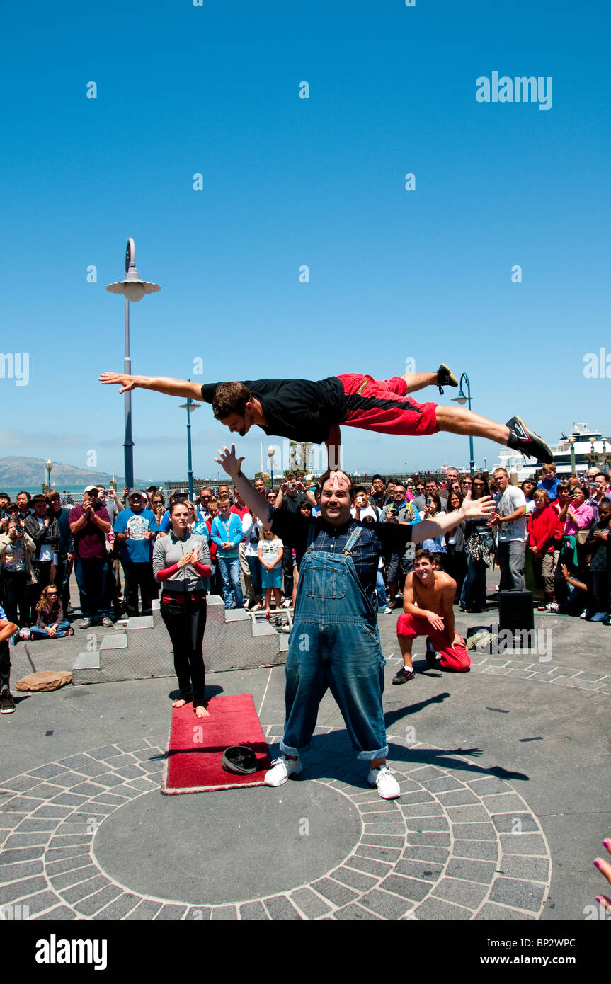 San Francisco: Street entertainers at Fisherman's Wharf. Photo copyright Lee Foster. Photo # casanf104151 - Stock Image