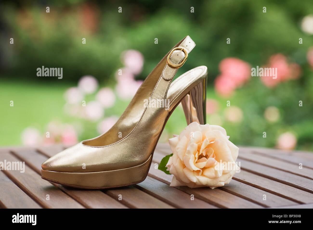 3b2f2c8a3f56c Gold High Heels Stock Photos & Gold High Heels Stock Images - Alamy