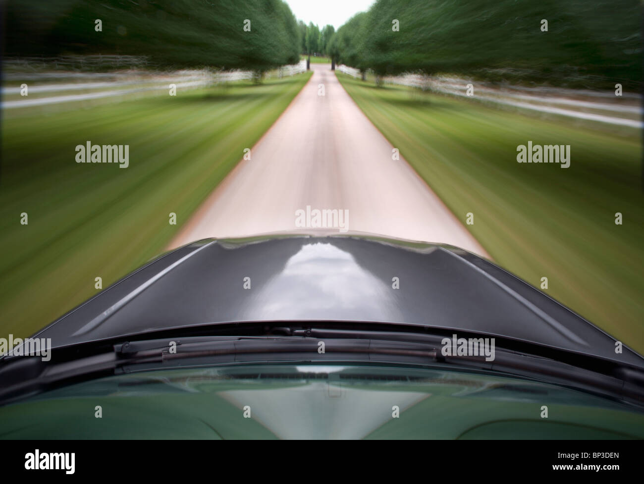 Pix of Car in motion on Kentucky Road - Stock Image
