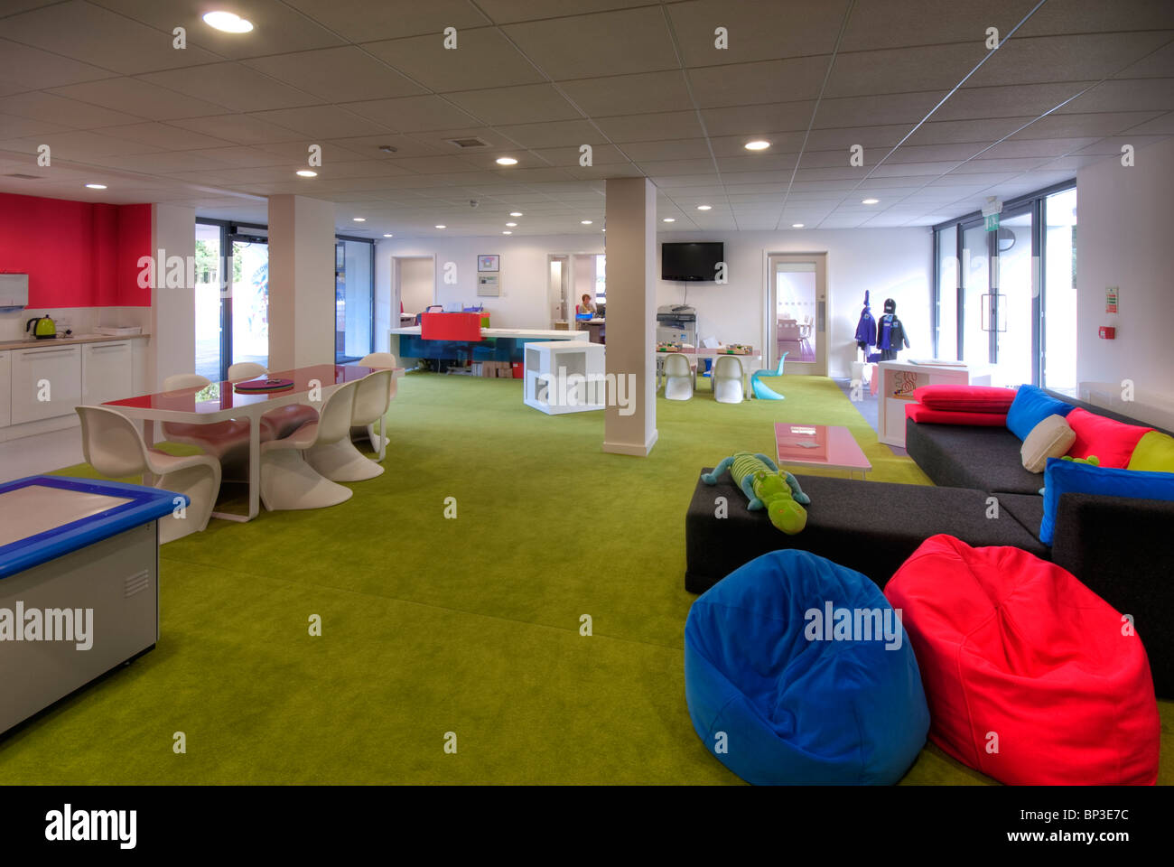 Knights Enham Infant and Junior School reception area bright and colorful with bean bags - Stock Image