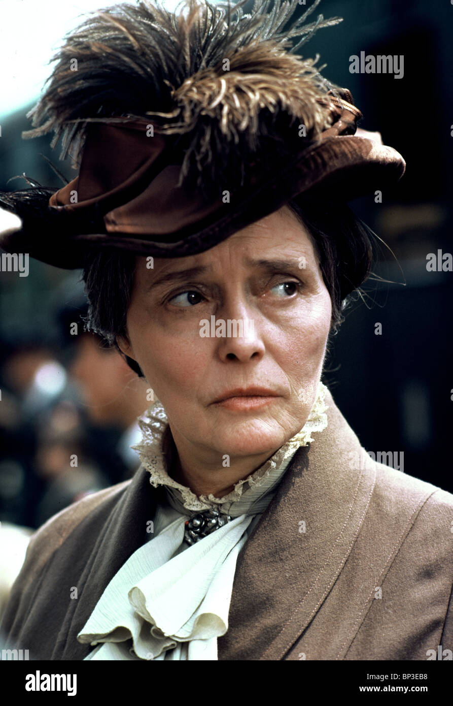 PATRICIA NEAL ALL QUIET ON THE WESTERN FRONT (1979) - Stock Image