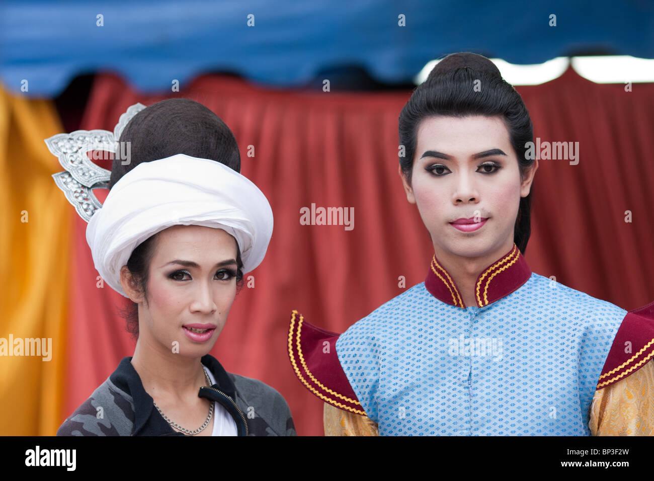 women looking for men thailand