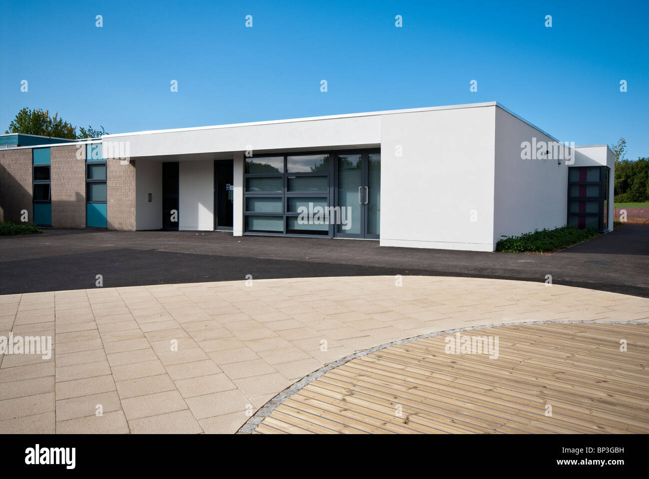 Knights Enham Infant and Junior School exteriors porch and level entrance - Stock Image