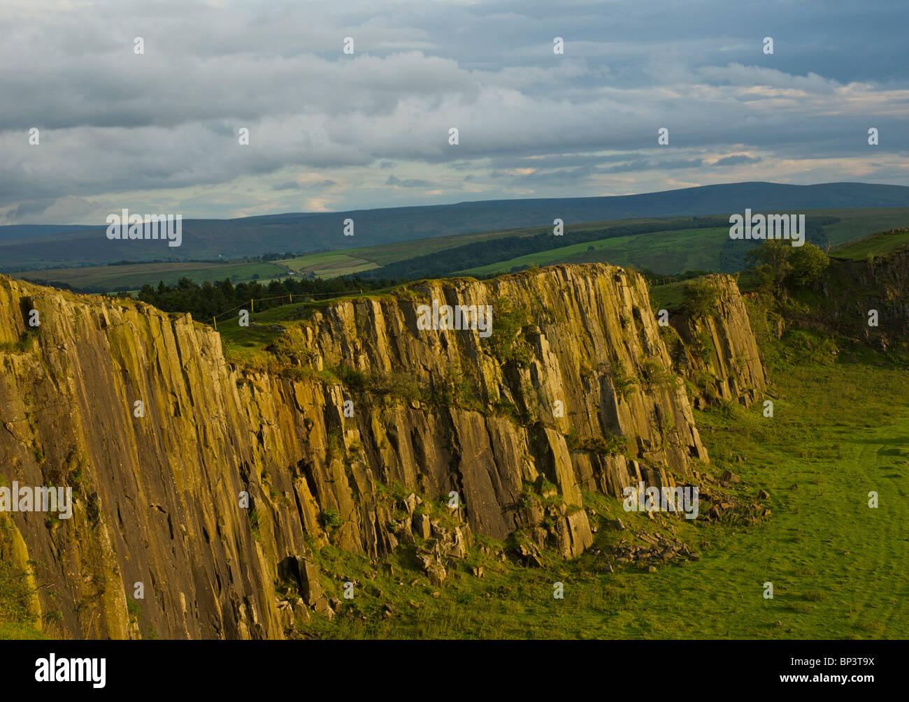 Walltown Crags on Hadrian's wall, near Greenhead, Cumbria, England UK Stock Photo