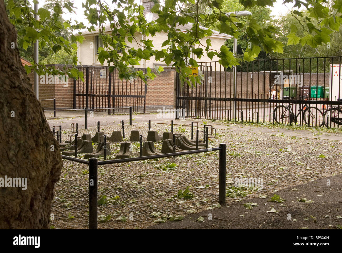 Unpopular insecure cycle parking on the Sidgwick Site, University of Cambridge - Stock Image
