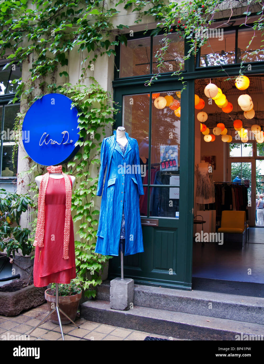 Fashion clothing boutique lisa D in courtyard at Hackesche Hofe in Scheunenviertel  Mitte Berlin Germany - Stock Image