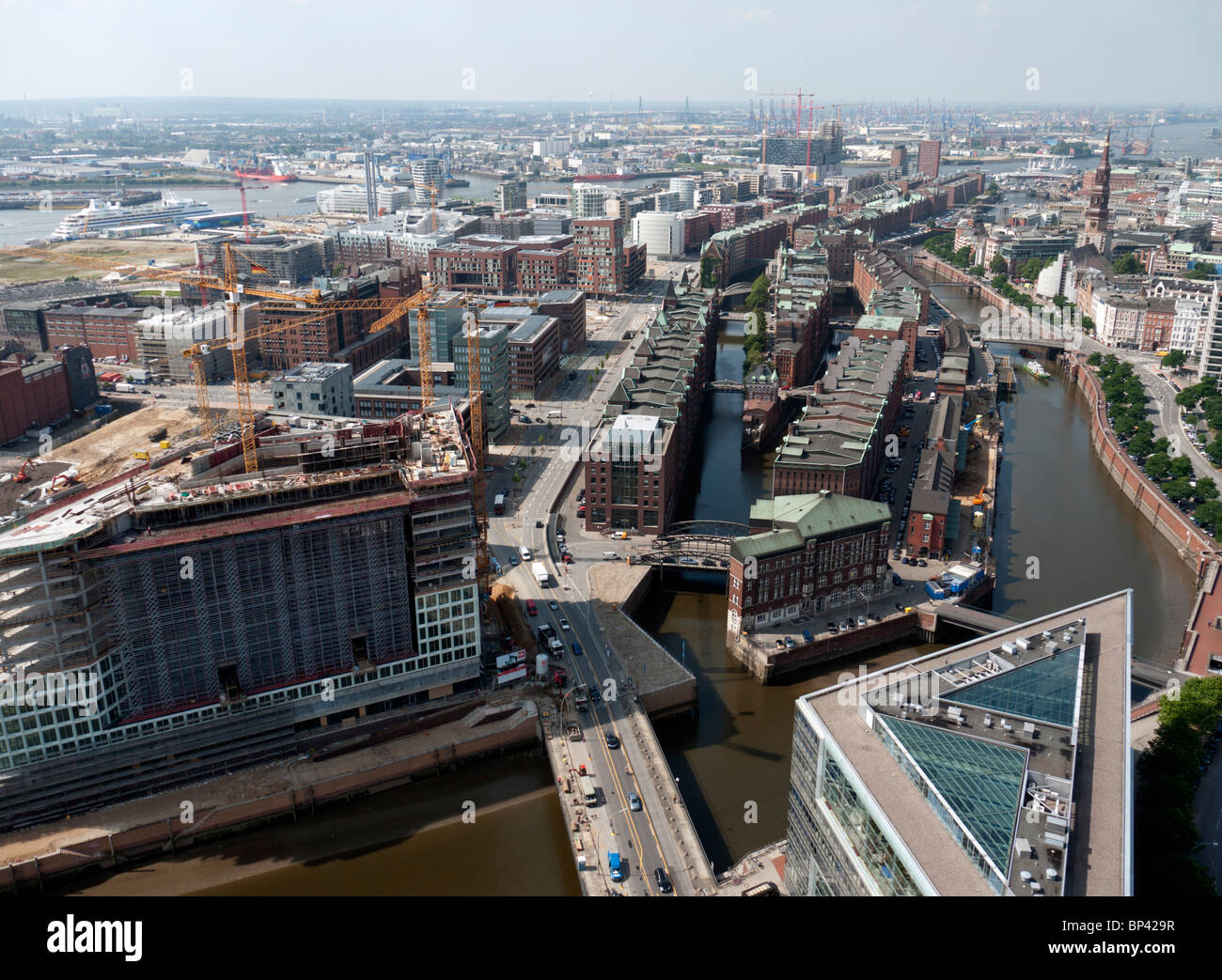 Cityscape of Hafencity new urban redevelopment with historic Speicherstadt in middle in Hamburg Germany - Stock Image