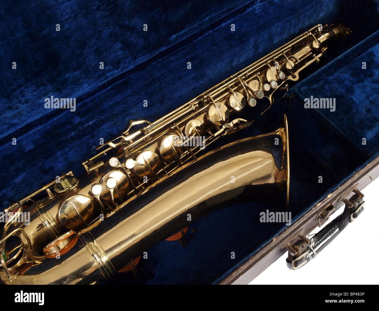 Vintage saxophone in it's original travel case. - Stock Image
