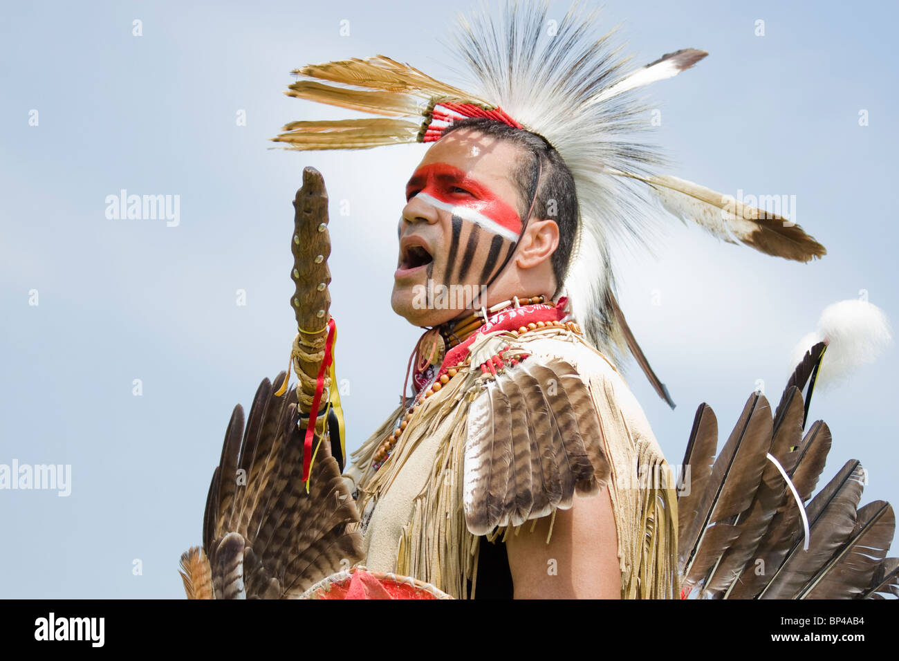 Native American in traditional regalia at the 8th Annual Red Wing PowWow in Virginia Beach, Virginia - Stock Image