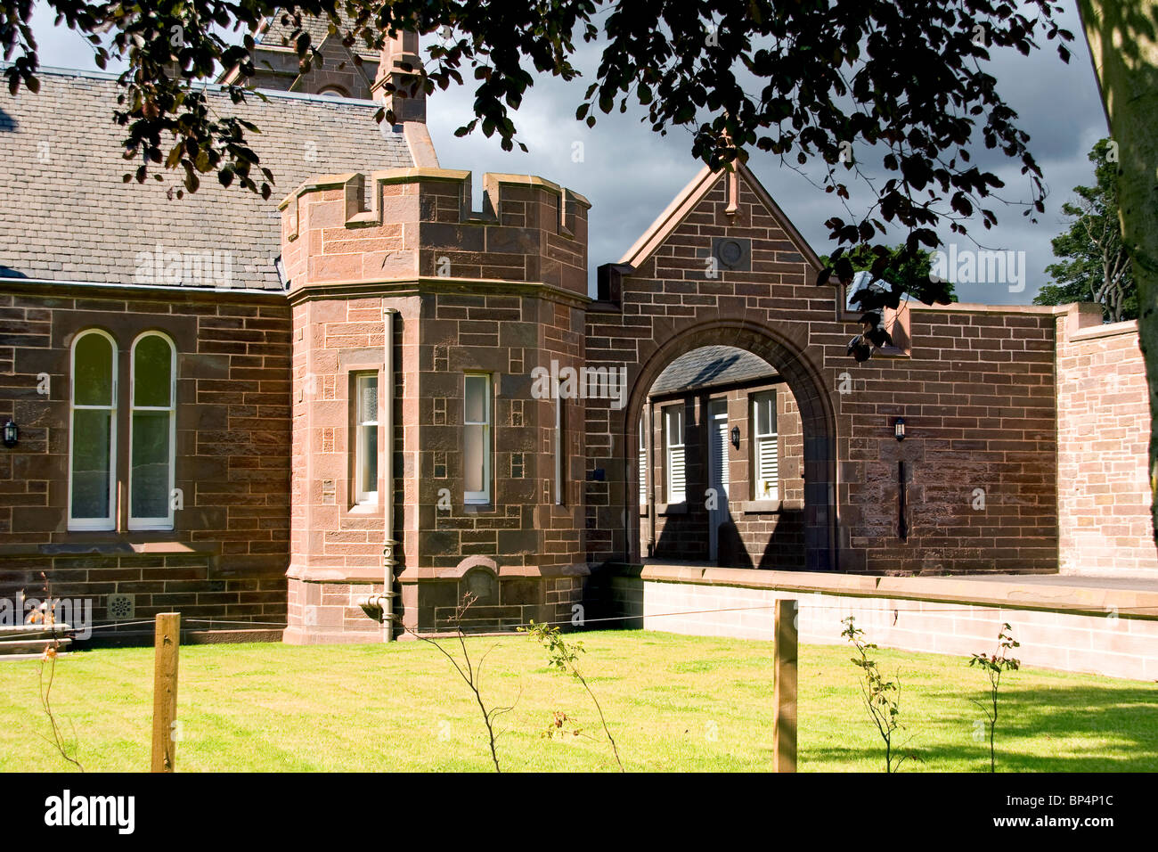 Side view of Clement Park House owned by Dundee`s Jute Baron James Cox in the 1800`s - Stock Image