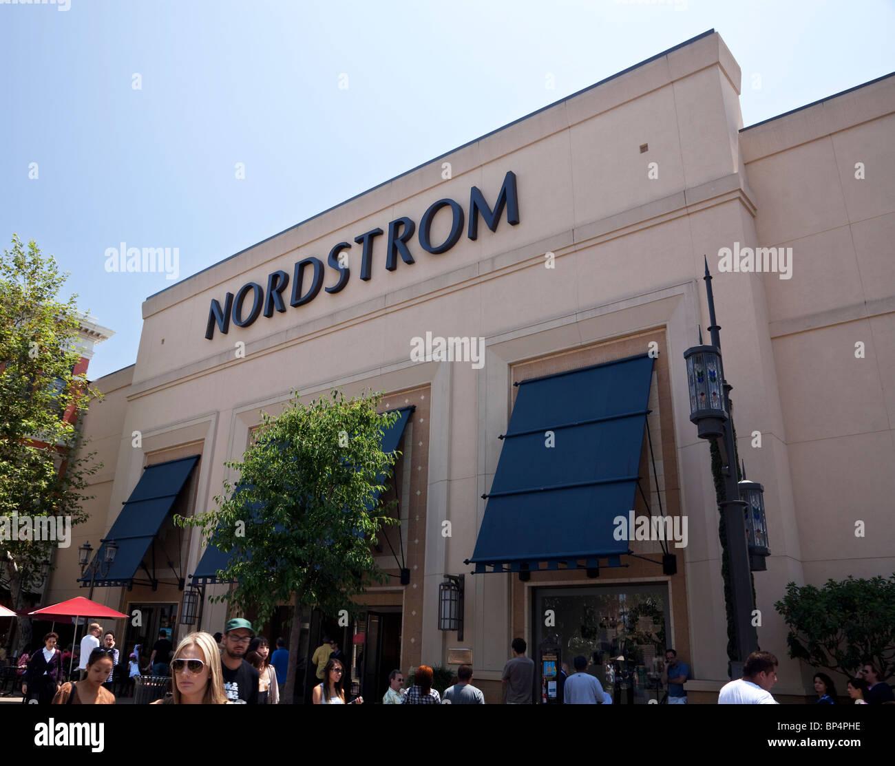 Los Angeles Supermarket: Nordstrom Department Store Stock Photos & Nordstrom