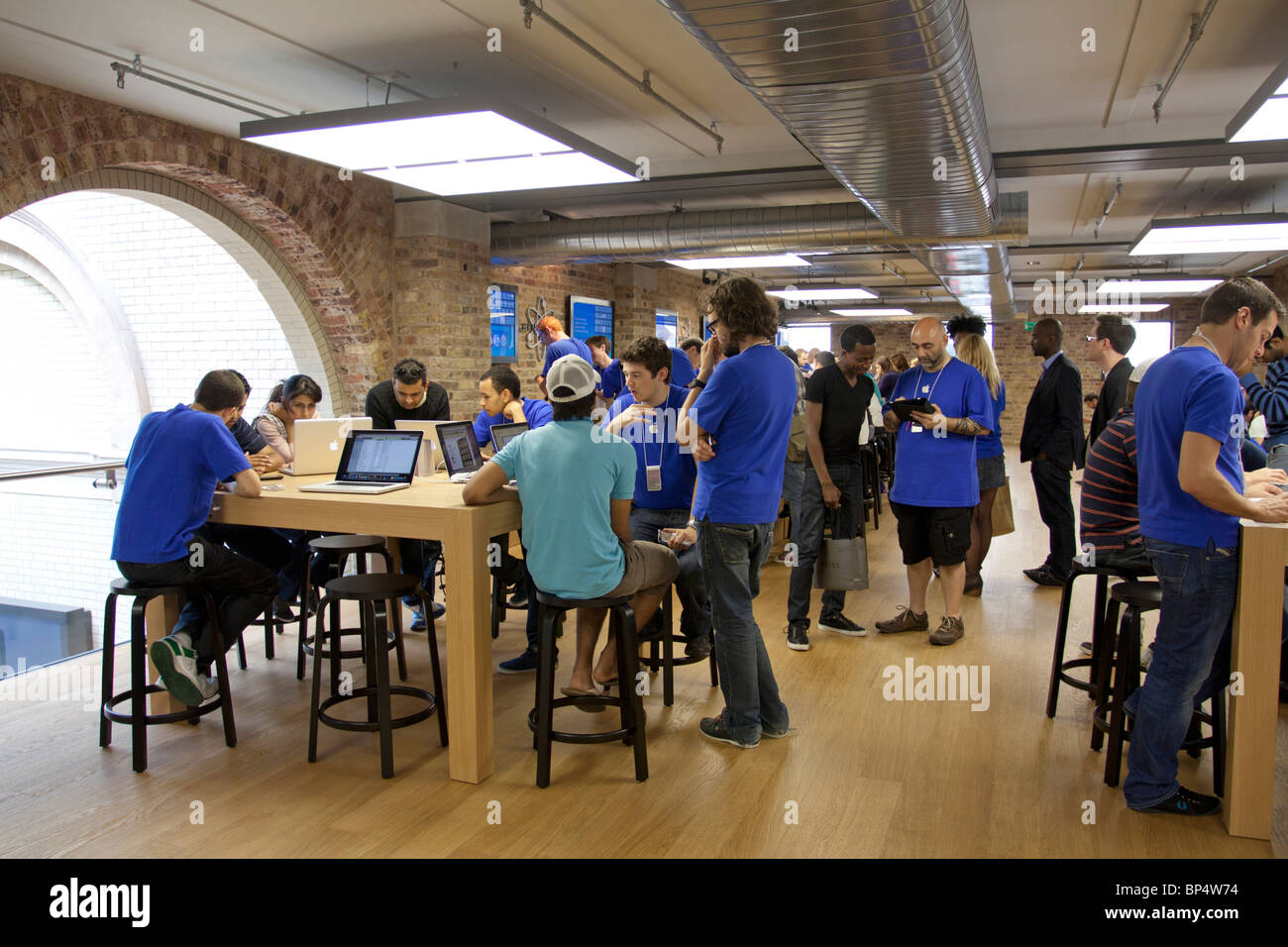 apple store genius bar make appointment