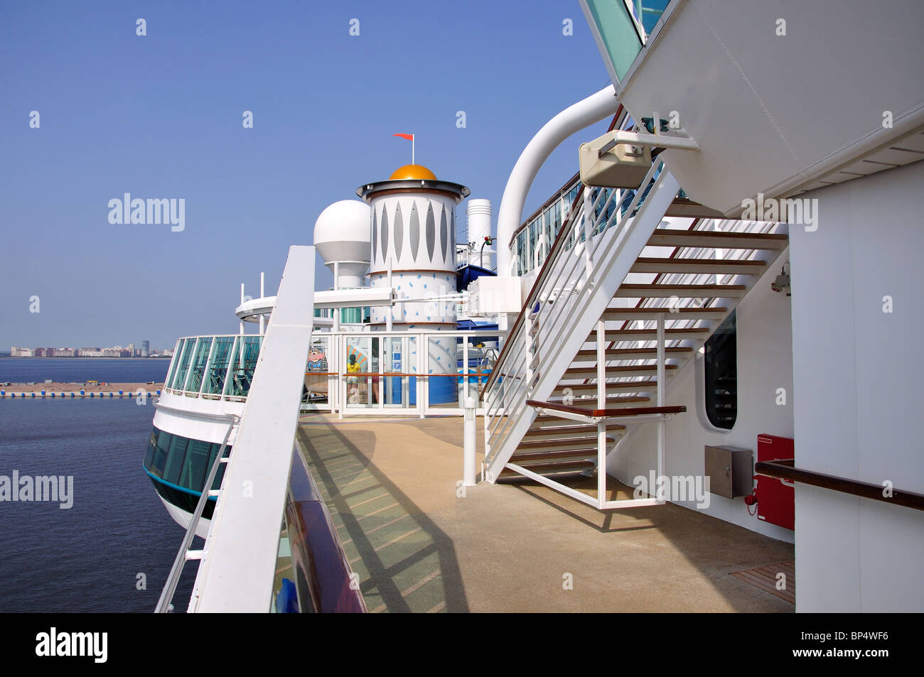 Sundeck, Royal Caribbean Cruises 'Jewel of the Seas' Cruise Ship, Baltic Sea, Europe - Stock Image