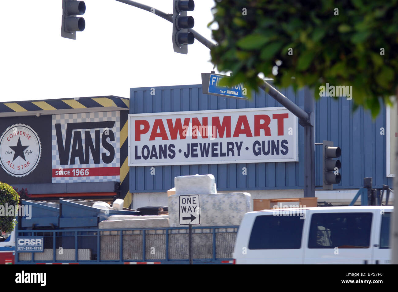 Norwalk Pawn Shop >> Pawn Shop For Loans Jewelry And Guns Stock Photo 30848670