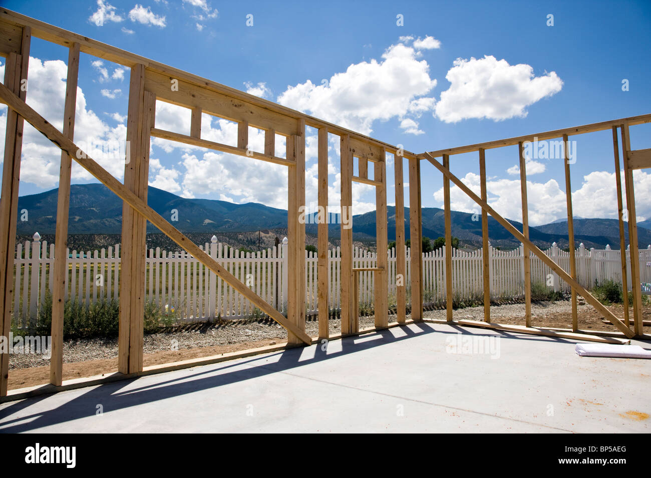Construction of a Craftsman Style residential home in Colorado, USA - Stock Image
