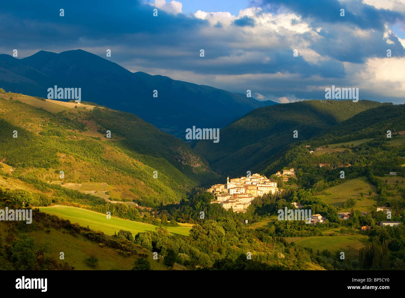 Medieval town of Preci in the Valnerina, Monti Sibillini National Park, Umbria Italy - Stock Image