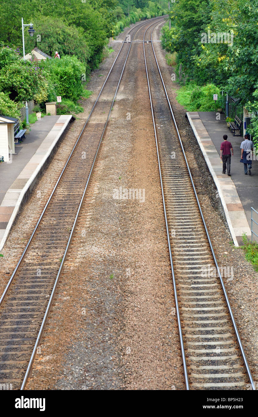 Avoncliff station, empty tracks and platforms - Stock Image