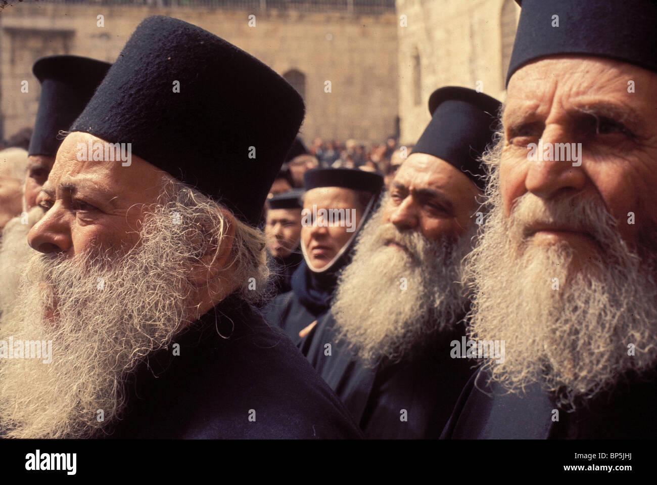 3981. GREEK ORTHODOX PILGRIMS DURING EASTER CELEBRATIONS IN JERUSALEM - Stock Image