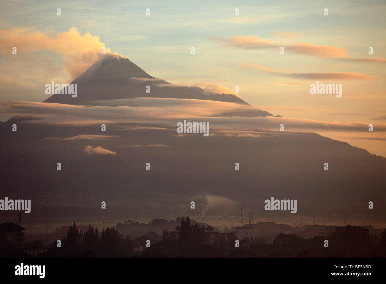 Indonesia, Java, Gunung Merapi volcano; sunrise, - Stock Image