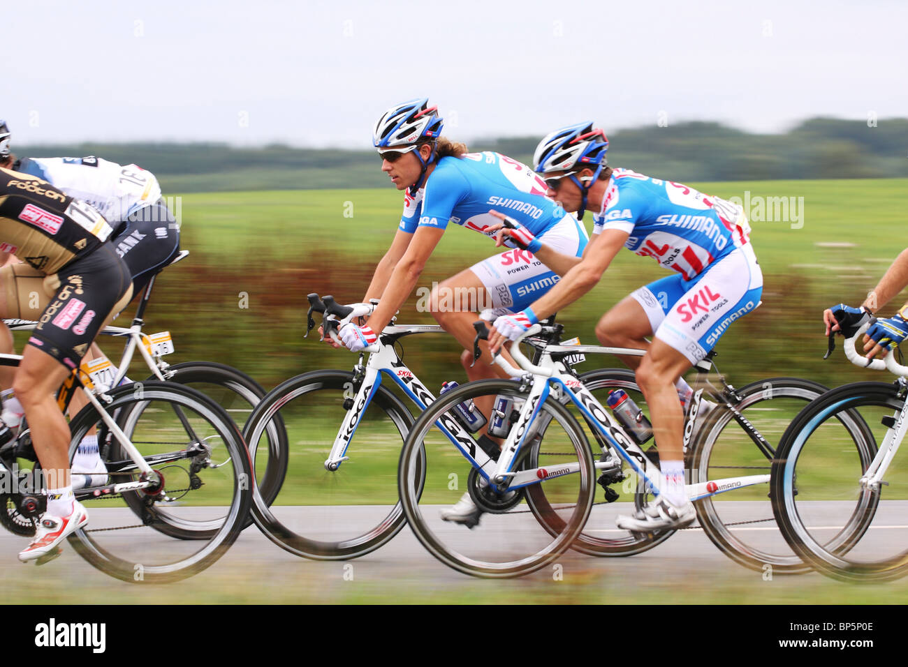 Two Riders from Team Skil-Shimano in discussion - Stock Image