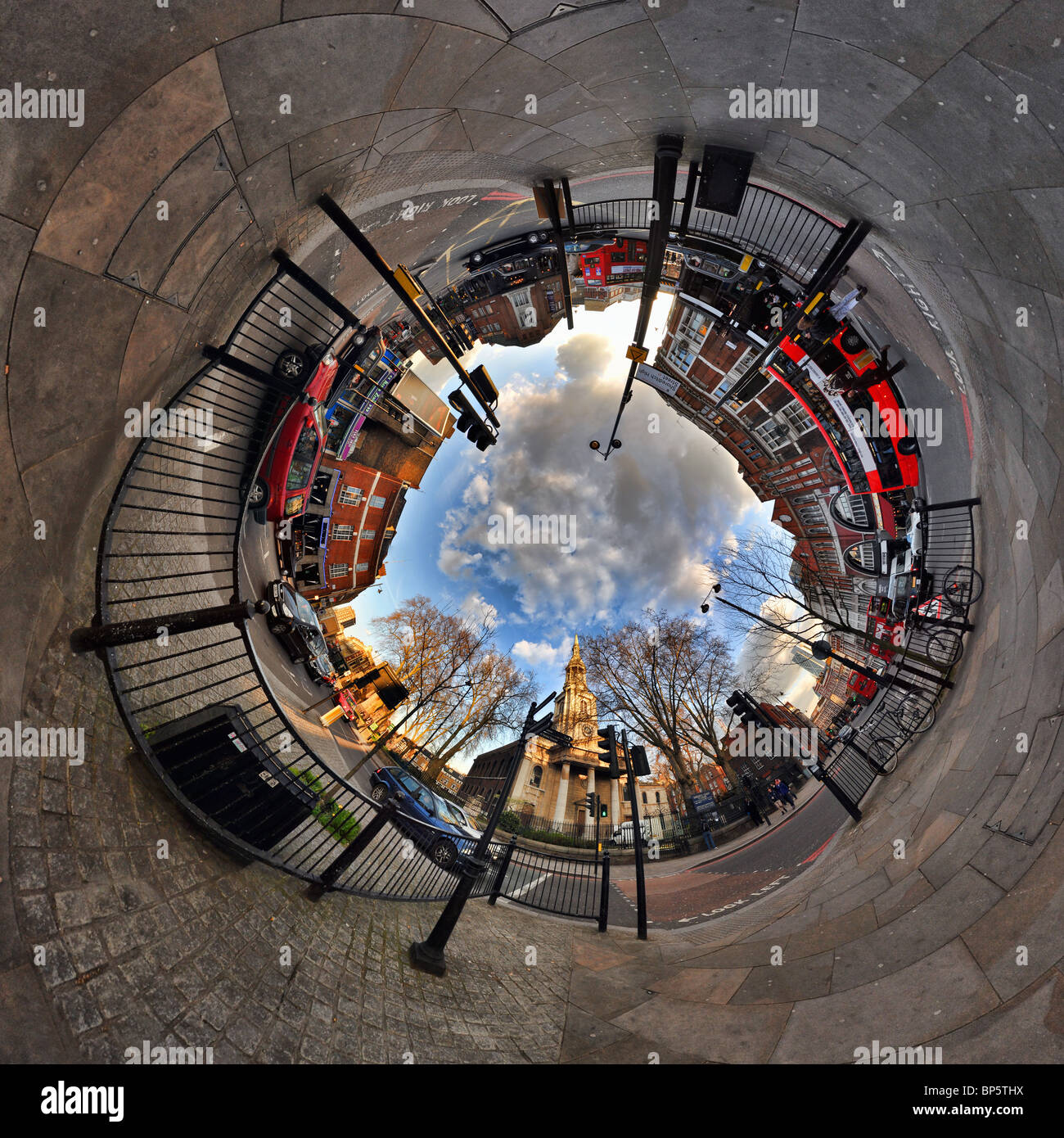Shoreditch with tunnel effect - Stock Image