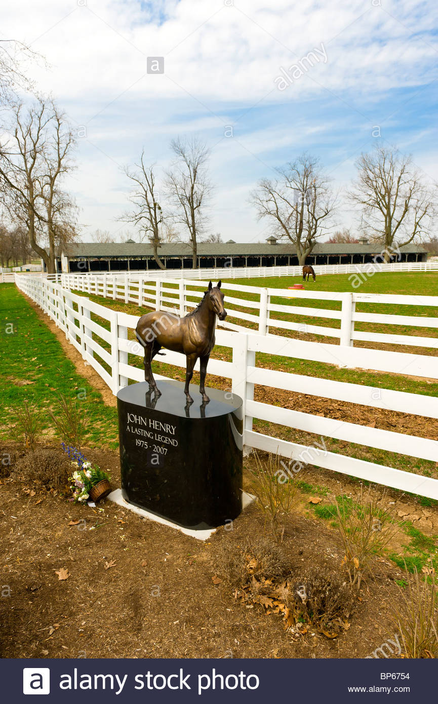 Statue of race horse John Henry, Kentucky Horse Park