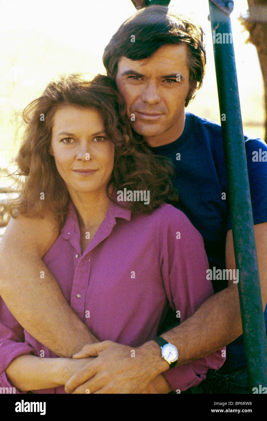 JOBETH WILLIAMS & ROBERT URICH ENDANGERED SPECIES (1982) - Stock Image