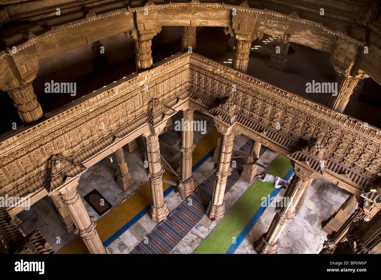 The prayer hall of the Jama Masjid (Friday Mosque) in Ahmedabad, Gujarat, India. - Stock Image
