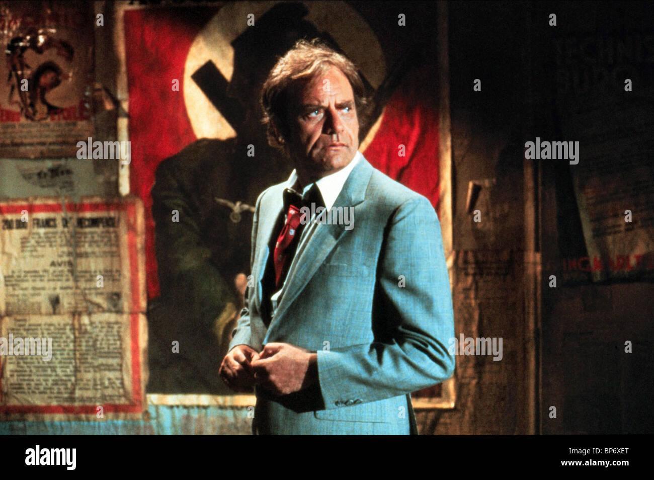 VIC MORROW TWILIGHT ZONE: THE MOVIE (1983) - Stock Image