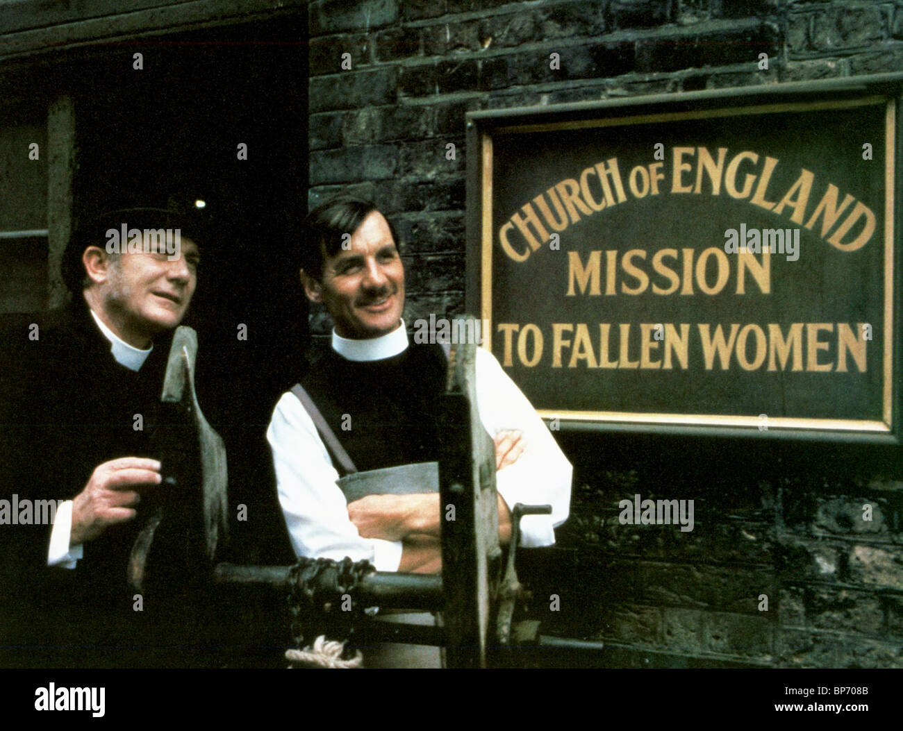 DENHOLM ELLIOTT, MICHAEL PALIN, THE MISSIONARY, 1982 - Stock Image