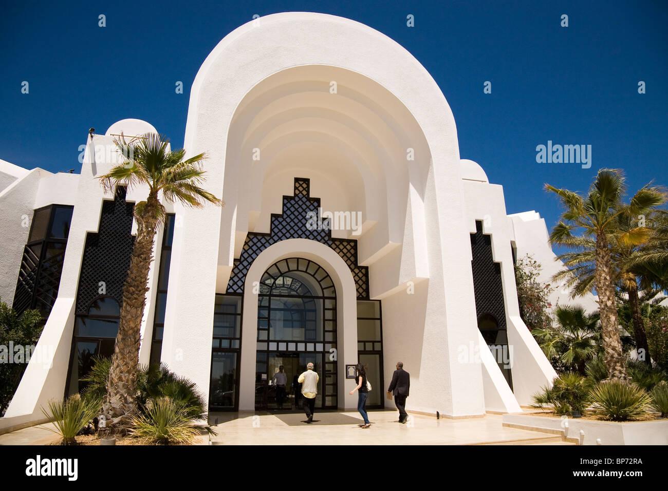 The luxury Radisson Blu Hotel in the Zone Touristique at Midoun, Djerba, Tunisia. - Stock Image