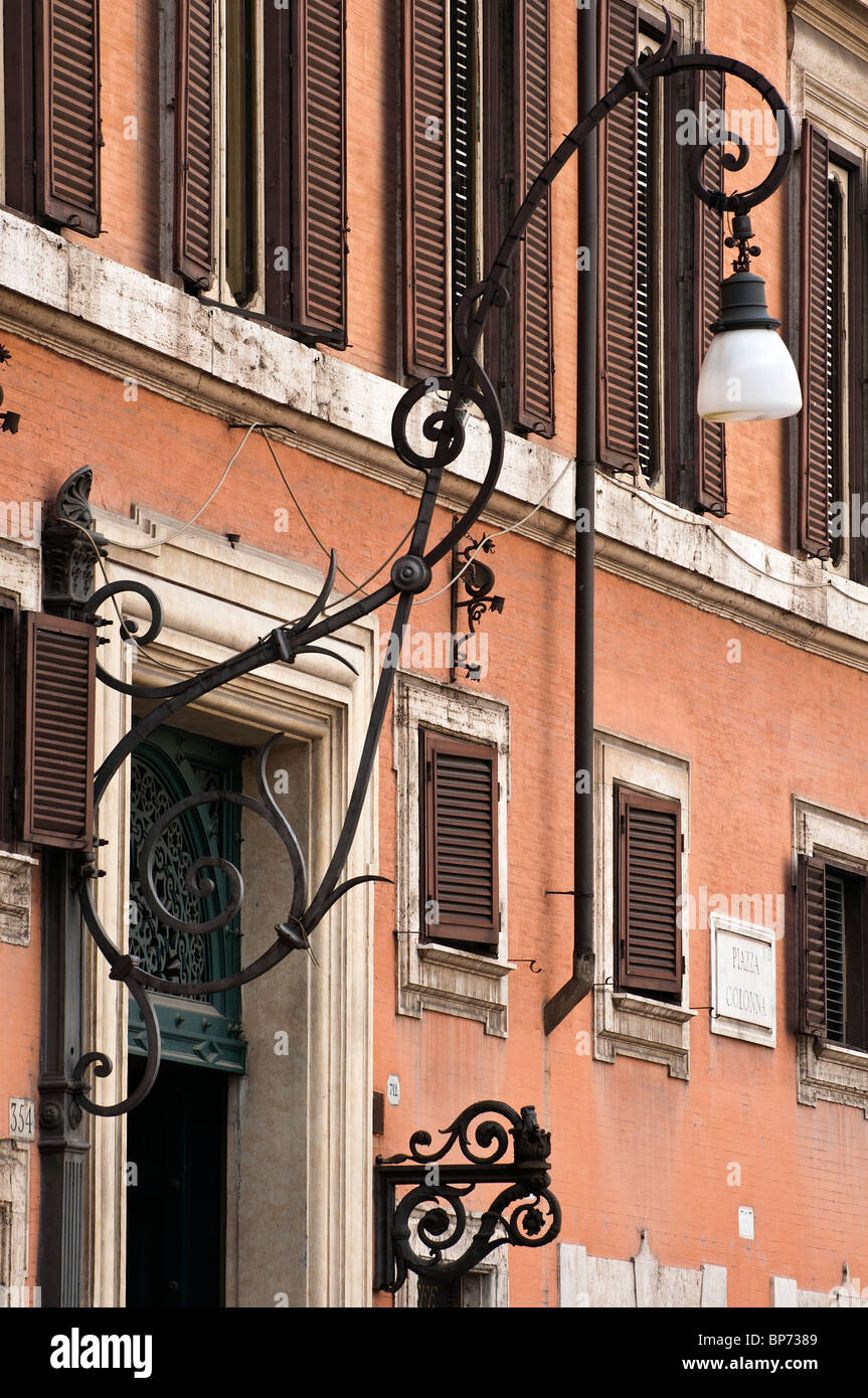 Old street lamp, Piazza Colonna square, Rome, Italy - Stock Image