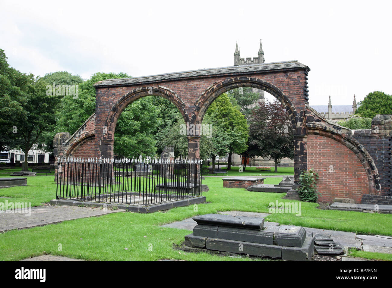 grave of Josiah Wedgwood in the Graveyard of Stoke Minster, the Church of St Peter ad Vincula, Stoke-on-Trent, Staffs, - Stock Image