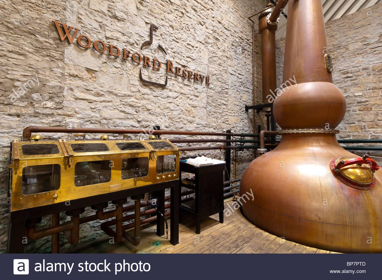 Copper pot stills, Woodford Reserve Distillery (premium bourbon), Versailles (near Lexington), Kentucky USA - Stock Image