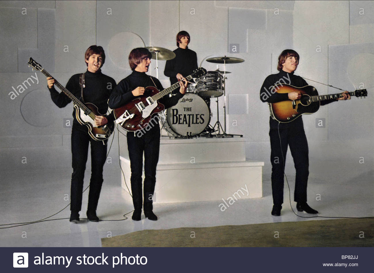 PAUL MCCARTNEY, GEORGE HARRISON, RINGO STARR, JOHN LENNON, HELP!, 1965 - Stock Image